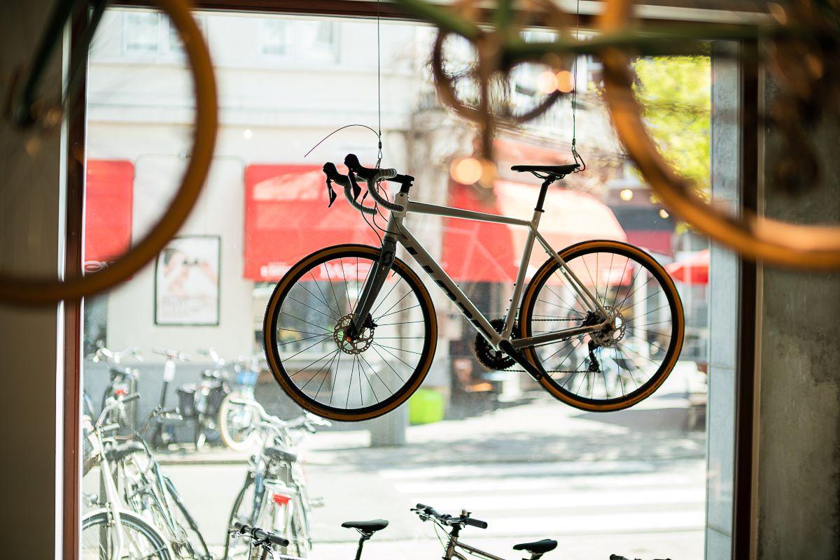 Fietsenwinkels Antwerpen wielrenfiets