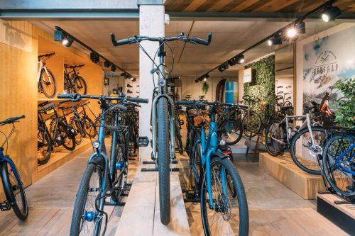Wij hebben ook nu 500 fietsen op voorraad in Antwerpen (direct leverbaar)